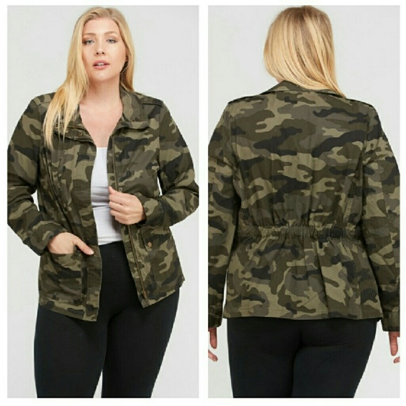 1 left💜Plus Size Camouflage Jacket Boutique